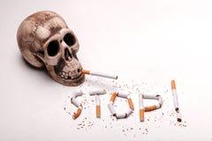 Плохой никотин убивает вас каждую минуту Стоковые Фото