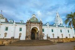 Площадь большая в старом городке Кито, эквадоре Стоковые Изображения