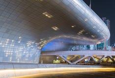 Площадь дизайна Dongdaemun Стоковые Фотографии RF