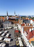 Площадь ратуши в старом городке Таллина, Эстония 26-ого июля, Стоковая Фотография RF