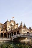 Площадь de España с флагом испанского языка Стоковые Фото