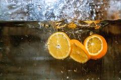 Плодоовощи в воде, aquashake, апельсине стоковое фото