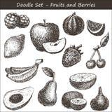 Плодоовощи и ягоды Doodle Стоковое Изображение RF