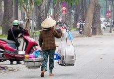 Плодоовощи надувательства людей Вьетнама Стоковые Изображения