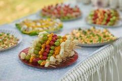 Плодоовощи для шведского стола свадьбы стоковые изображения rf