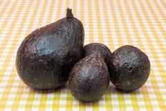 4 плодоовощ авокадоа на таблице Стоковое Фото