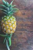 Плодоовощ ананаса на деревянной таблице Стоковая Фотография