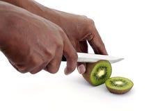 Плодоовощ кивиа вырезывания Стоковые Изображения