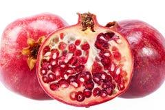 Плодоовощ красного гранатового дерева изолированный на белой предпосылке Стоковое Изображение