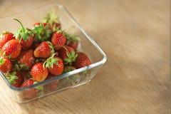 Плодоовощ клубники в стеклянной таре Стоковое Фото