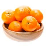 Плодоовощ мандарина мандарина вкусного сладостного Tangerine оранжевый в деревянном Стоковая Фотография