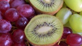 Плодоовощ отрезает конец-вверх сток-видео