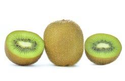 плодоовощ предпосылки близкий изолировал киви над поднимающей вверх белизной Стоковые Изображения RF