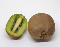 плодоовощ предпосылки изолировал белизну кивиа стоковая фотография rf