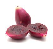 Плодоовощ шиповатой груши изолированный на белизне Стоковое Фото