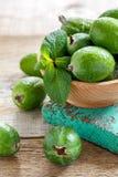 Плодоовощ Feijoa и зеленая мята Стоковые Изображения RF