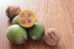 Плодоовощ Feijoa на деревянной предпосылке Стоковая Фотография