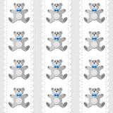 Плюшевый медвежонок на картине белого doily безшовной Стоковое Изображение