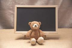 Плюшевый медвежонок, доска классн классного Стоковое Изображение RF