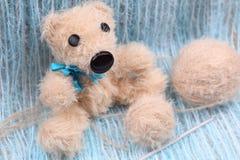 Плюшевый медвежонок Hamdmade Стоковые Изображения