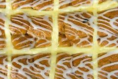 Плюшки пасхи горячие перекрестные Стоковое Изображение RF