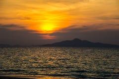 Пляж восхода солнца Стоковые Изображения RF