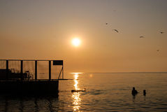 Пляж восхода солнца стоковые фотографии rf