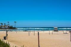Пляж вдоль Camino Del Mar, Калифорнии стоковые фотографии rf