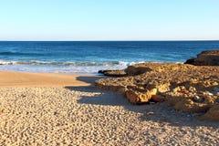 Пляж в Carcavelos, Португалии Стоковое Фото