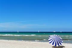 Пляж в Warnemuende, Германии Стоковое Изображение RF