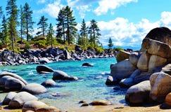 Пляж гавани песка на Лаке Таюое Стоковые Фотографии RF