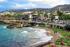 Пляж гостиницы в Hersonissos, Крите Стоковая Фотография
