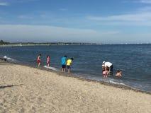 Пляж грецкого ореха в Milford, Коннектикуте Стоковые Фото