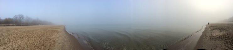 Пляж Гданьска в тумане Стоковое Изображение RF