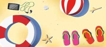 Пляж лета с сандалией и smartphone Стоковые Фото