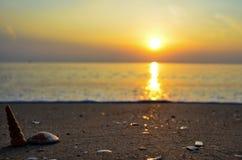Пляж захода солнца, Таиланд Стоковые Изображения