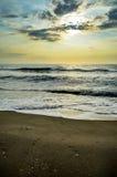Пляж захода солнца, Таиланд Стоковая Фотография RF