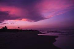 Пляж захода солнца стоковые фотографии rf