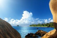 Пляж источника Anse d'Argent, остров Digue Ла Стоковая Фотография
