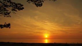 Пляж и заход солнца морского побережья Стоковые Фотографии RF