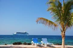 Пляж и круиз Стоковое Фото