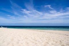 Пляж и небо Стоковые Изображения RF