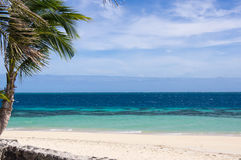 Пляж и океан в ветреном дне Стоковая Фотография RF