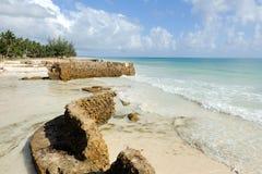 Пляж и тропический океан Стоковые Изображения RF