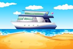 Пляж и шлюпка Стоковое Изображение