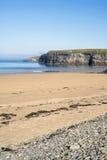 Пляж и pebbled песок на ballybunion Стоковые Изображения