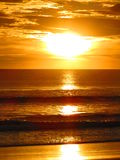 Пляж Коста-Рика Ostional захода солнца Стоковые Изображения