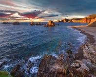 Пляж на заходе солнца, Астурия Gueirua, Испания Стоковое Изображение RF