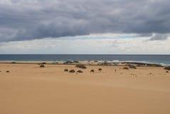 Пляж, океан и небо Стоковые Фото