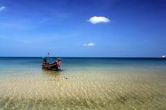 Пляж острова рая в Таиланде Стоковое фото RF